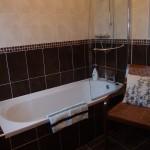 Ensuite Bath/Shower, Bedroom 1